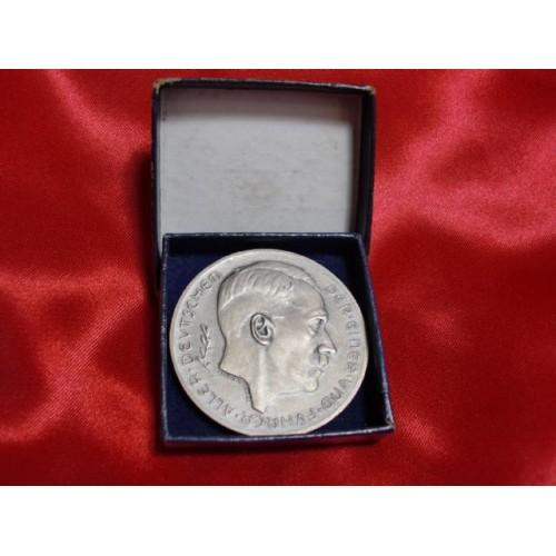 Hitler Medallion # 754