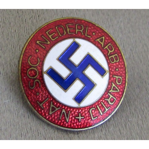 National Socialist Dutch Workers Party Badge  # 5355