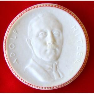 Adolf Hitler Medallion # 5704
