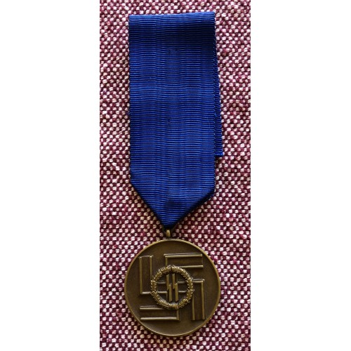 SS 8 Year Long Service Medal # 5722