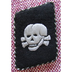 SS Totenkopf Bullion Vertical Collar Tab # 5781