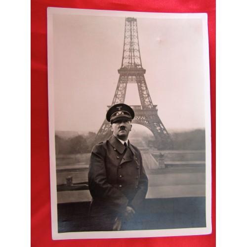 Hitler in Paris Postcard # 5889