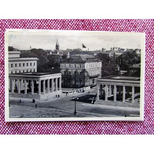 München Ehrentempel u. Braunes Haus Postcard # 5956