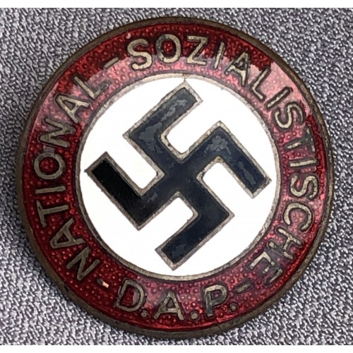 NSDAP Membership Badge # 6118