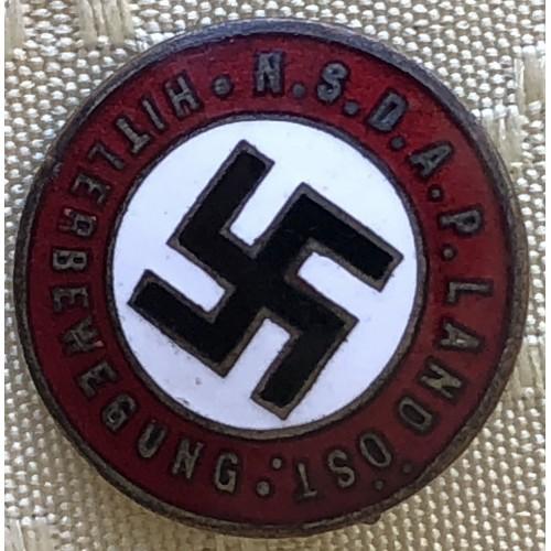 N.S.D.A.P. Land Öst Hitlerbewegung Badge # 6267