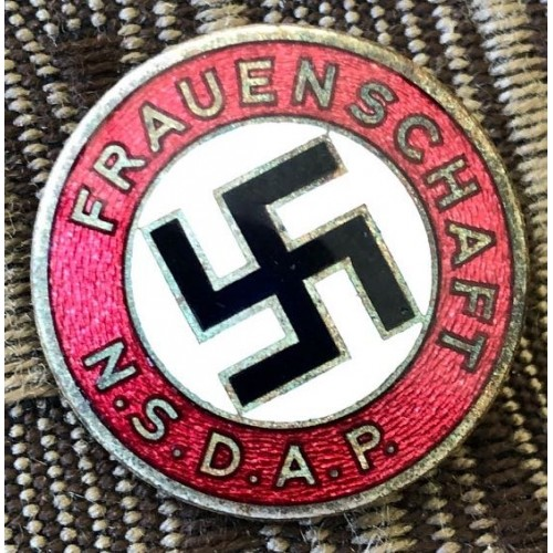 FRAUENSCHAFT N.S.D.A.P. Badge # 6279