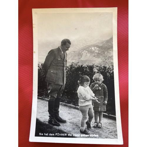 Hitler Sie hat dem Führer die Hand geben dürfen Postcard