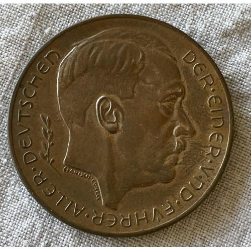 Adolf Hitler Medallion