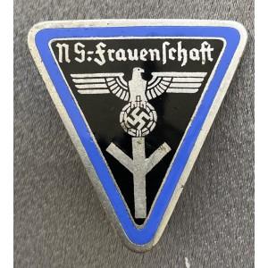 Frauenschaft Badge # 7944