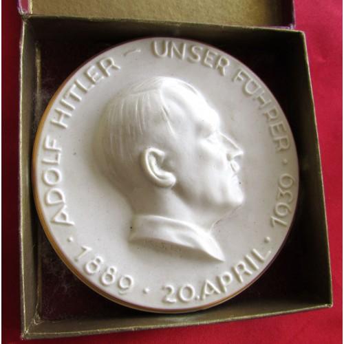 Hitler Porcelain Memorial Plaque # 5136