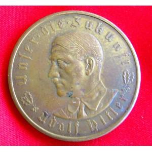 Hitler Medallion  # 5165