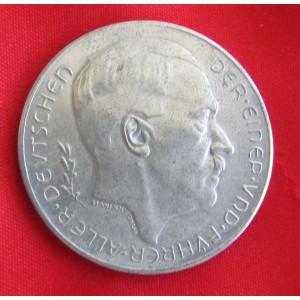 Hitler Medallion # 5166