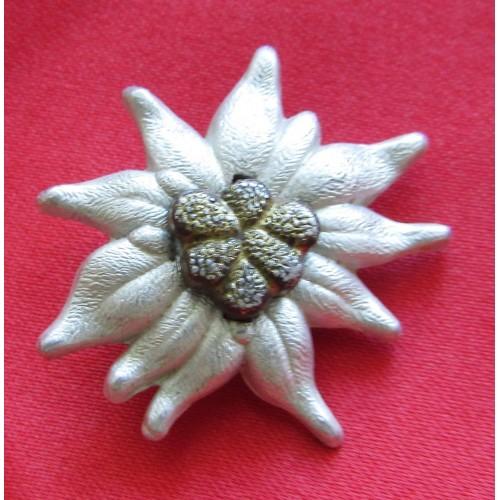 Edelweiss Cap Device  # 5195
