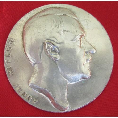Hitler Medallion # 5225