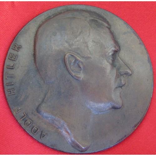 Hitler Medallion # 5233