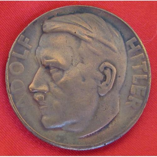 Hitler Medallion # 5240