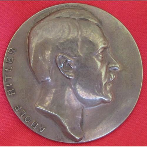 Hitler Medallion # 5245
