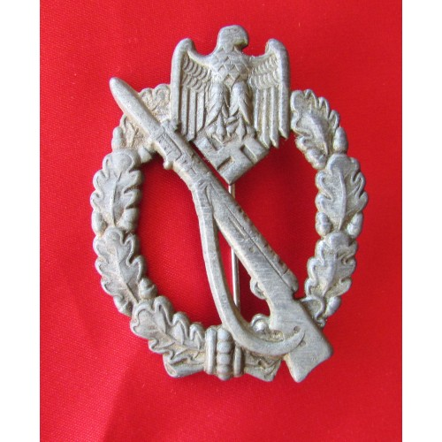 Infantry Assault Badge # 5044