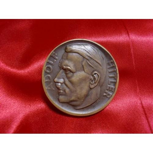Hitler Medallion  # 1184