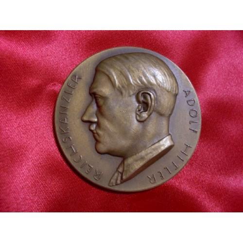 Hitler Medallion  # 1187