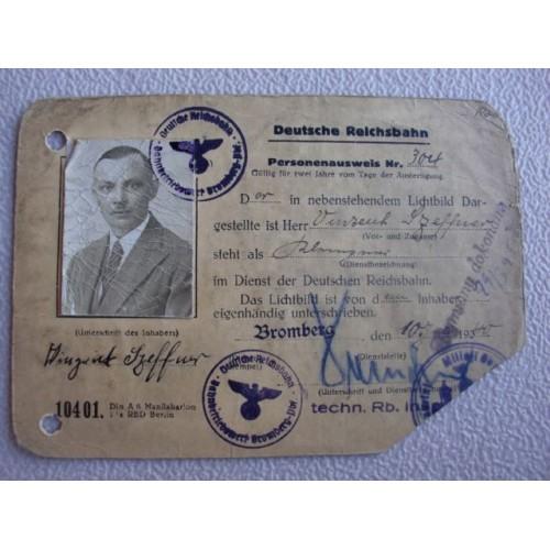 Deutsche Reichsbahn ID Card # 1366