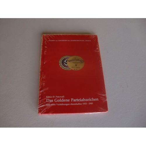 Das Goldene Parteiabzeichen und seine Verleihungen ehrenhalber 1933-1945  # 1586