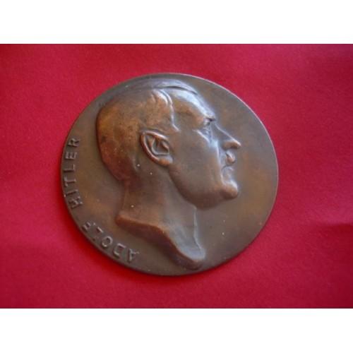 Hitler Medallion  # 1633