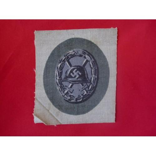 Black Wound Badge; Cloth # 1711
