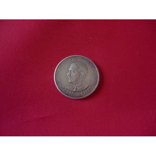 Hitler Medallion  # 1819
