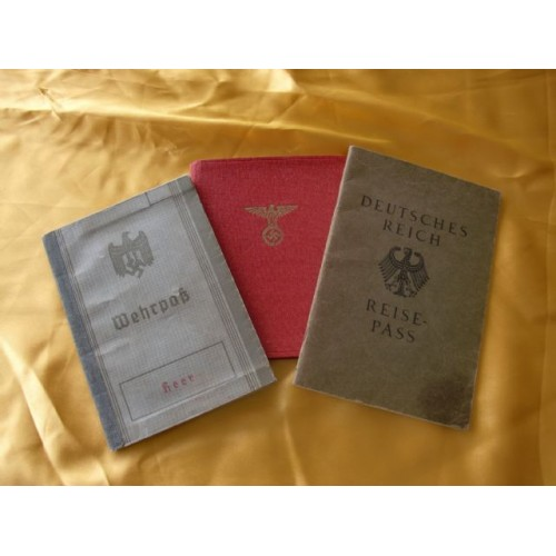 Mitgliedsbuch of the NSDAP / Heer Wehrpass / Reich Reisepass # 1836