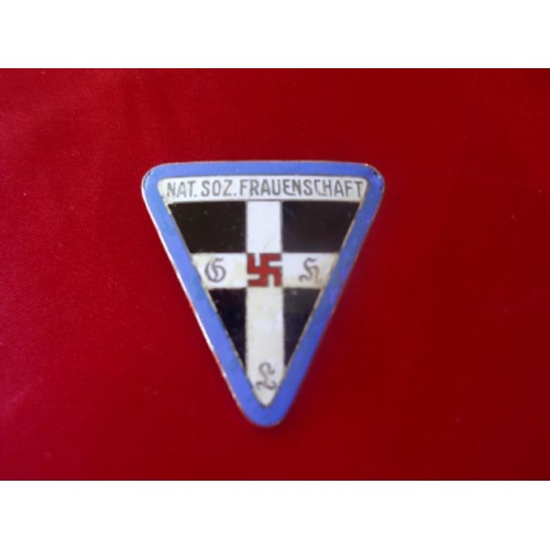 NS Frauenschaft Badge  # 1837