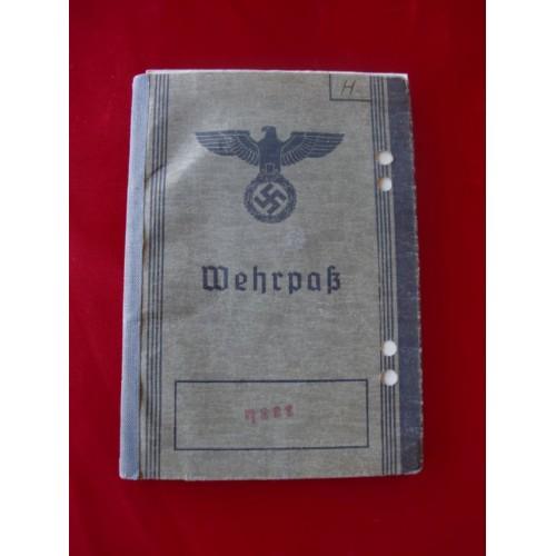 Heer Wehrpass Booklet # 2033