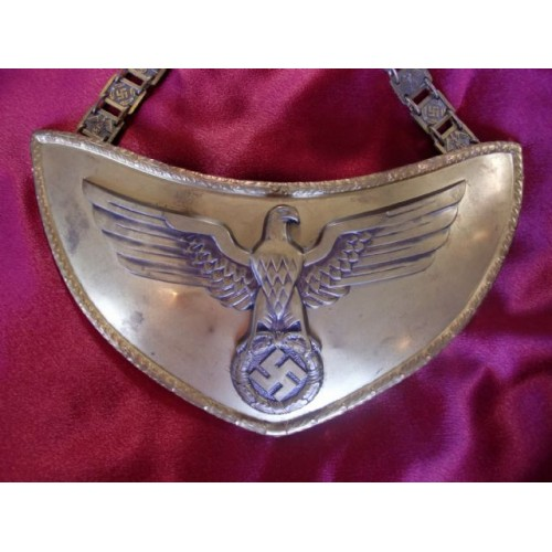 NSDAP Political Leader Flag Bearer's Gorget   # 2132