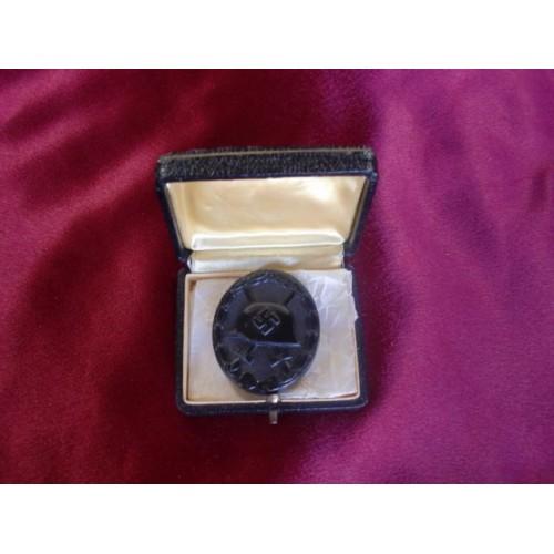 Black Wound Badge # 2150