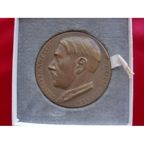 Adolf Hitler Medallion # 2248
