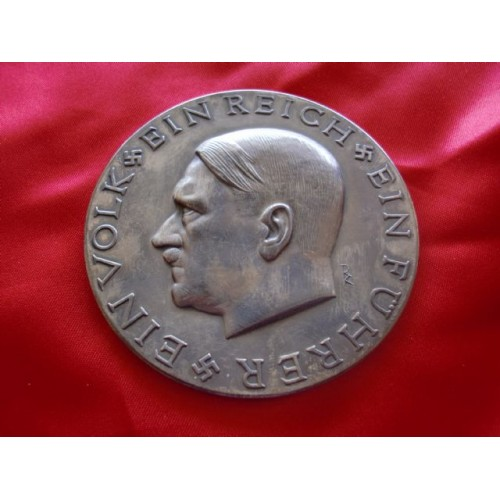 Adolf Hitler Medallion # 2364