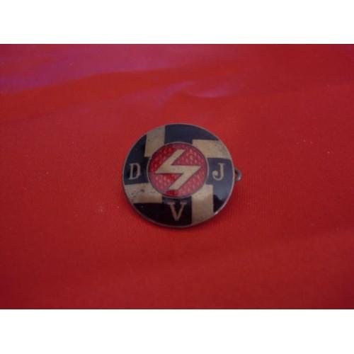 DJV Badge # 2462