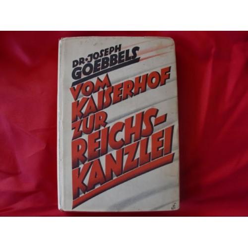 Vom Kaiserhof zur Reichskanzlei Book # 2506