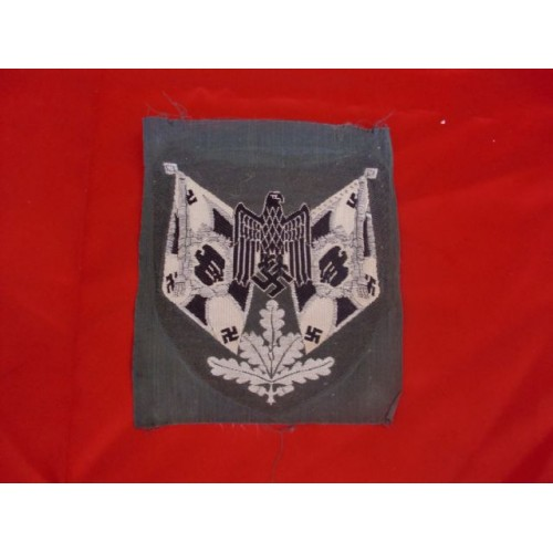 Heer Standard Bearer's Sleeve Patch  # 2543