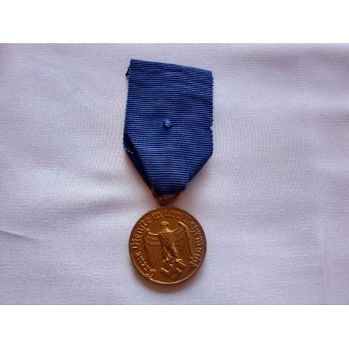 Heer 12 Year Service Medal  # 2700
