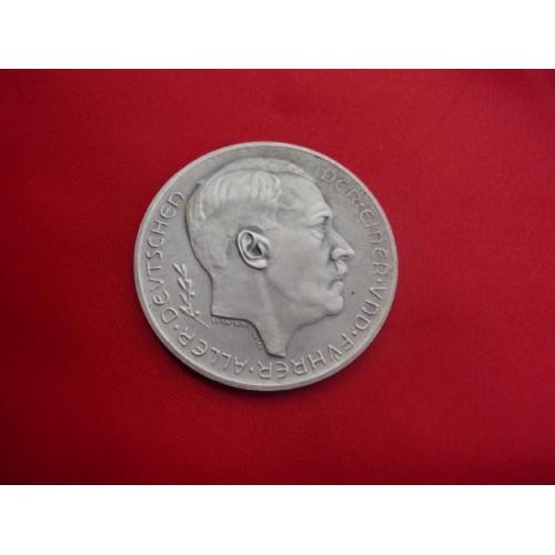 Hitler Medallion  # 2943