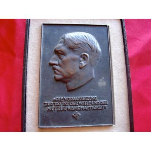 Führer Plaque. cased. # 2979
