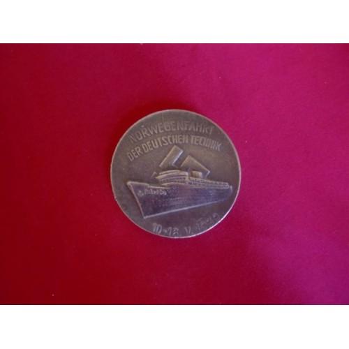 Todt Medallion # 3051