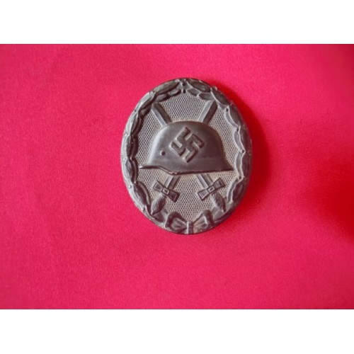 Black Wound Badge # 3146