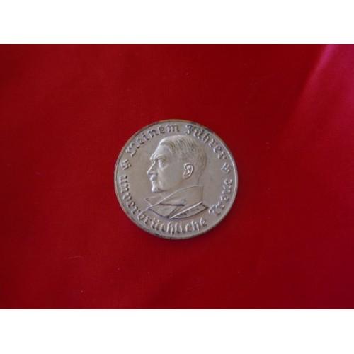 Hitler Medallion # 3246