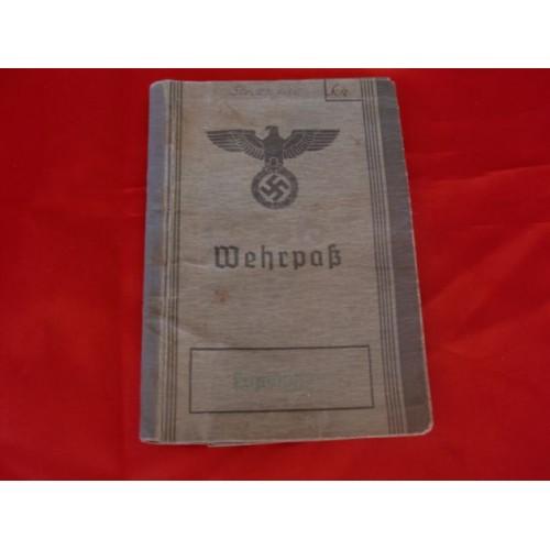 Luftwaffe Fallschirmjäger Wehrpass # 3255