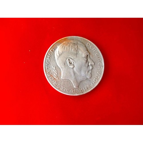 Hitler Medallion   # 3306