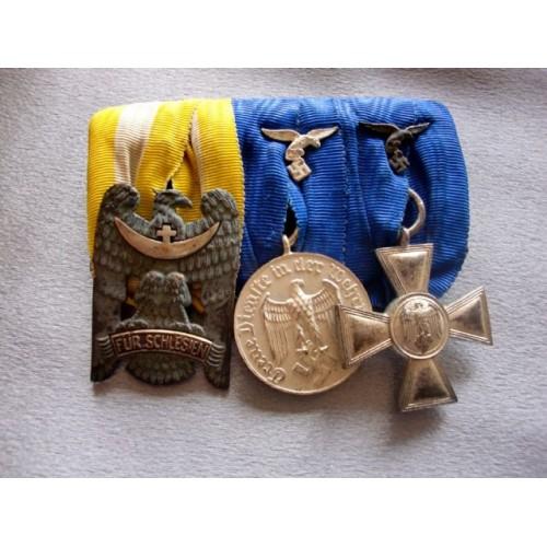 3 Medal Bar # 3680