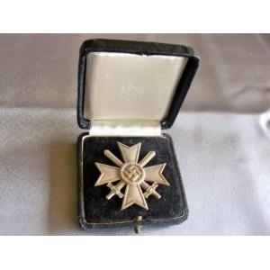War Merit Cross with Swords, Cased.  # 3684