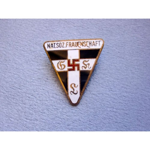 NS Frauenschaft Badge  # 3847